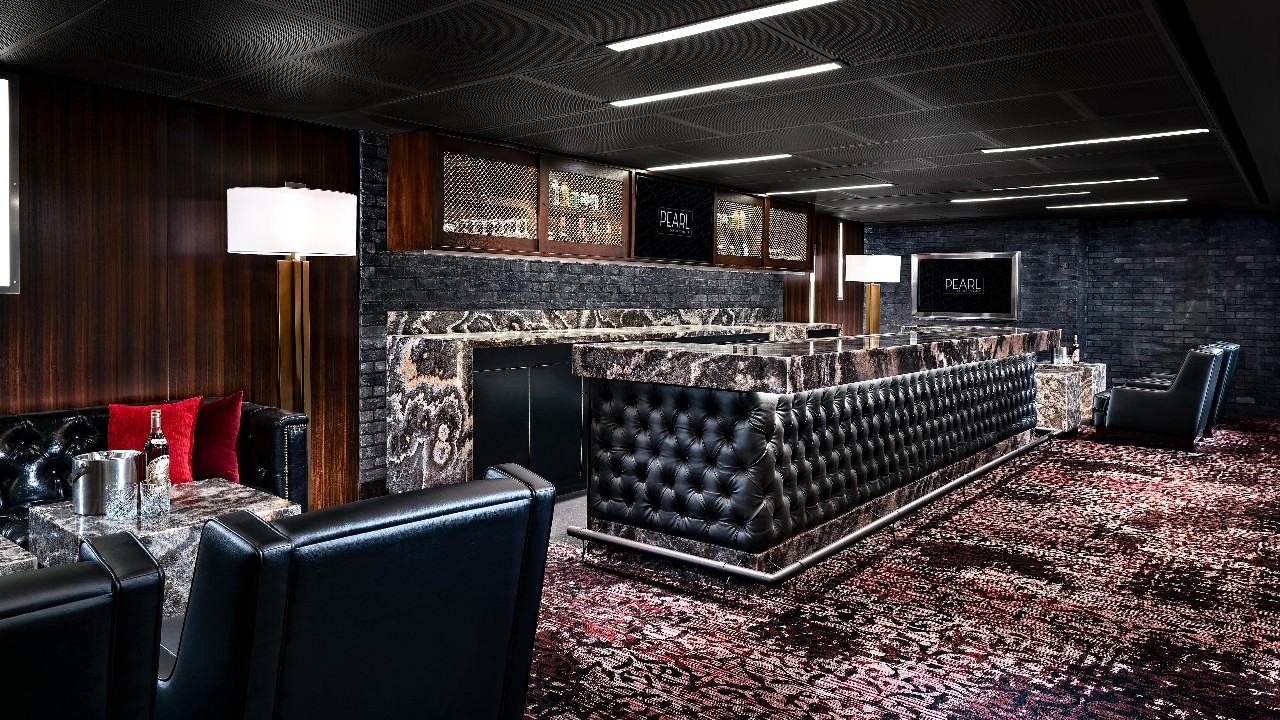 a photo of the bar at the pearl